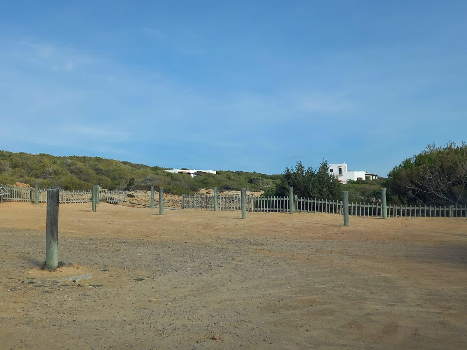 Sa Unió reclama la reposición de las cubiertas en todos los aparcamientos del litoral antes de empiece el verano